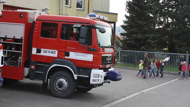 Den požární bezpečnosti v lipnické hasičské zbrojnici v pátek 13. října