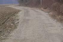 Cyklostezka Bečva mezi Hranicemi a Lipníkem - problémový úsek u chatové oblasti Dříň