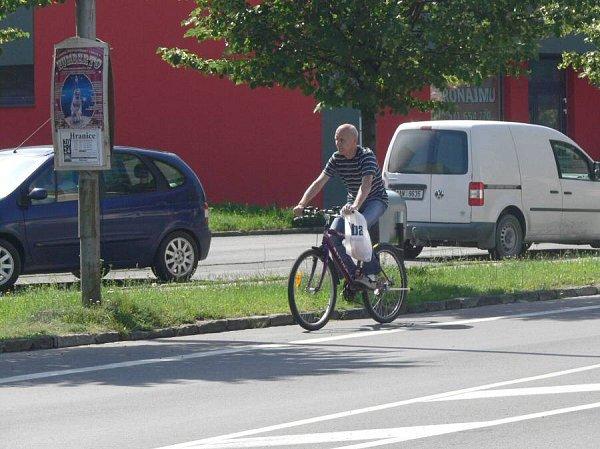 Cyklisté vHranicích