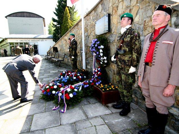 V Hranicích si připomněli šedesát tři let od konce druhé světové války.
