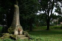Památník Mistra Jana Husa v městském parku