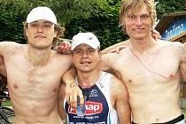 Václav Klakurka, Aleš Dedek a Jiří Klíma po závodu Xterra Czech Tour v pražských Žlutých lázních.