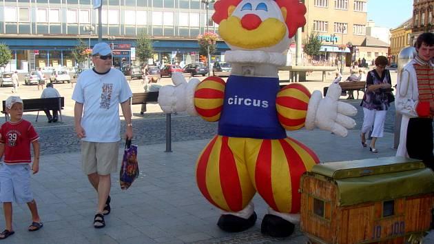Maxiklaun zval Přerovany do cirkusu.