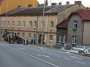 Na Třídě Československé armády se opravuje nyní úsek od Skicentra a pokračovat bude až ke křižovatce na Motošíně.