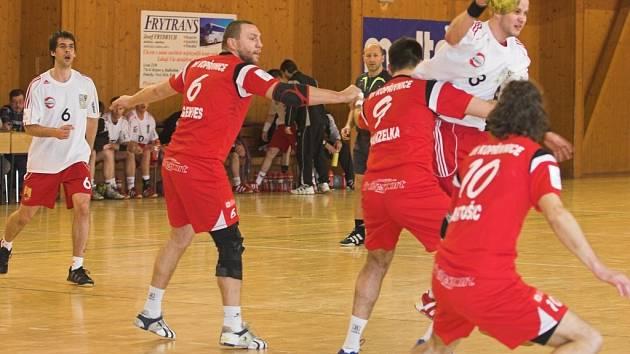 Hraničtí házenkáři v Plzni neuspěli a přerušili tak sérii dvou vítězných utkání na půdě soupeře.
