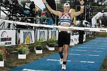 Chmelíček dokončil závod ve své kategorii na páté příčce, ale i tak se kvalifikoval na Havaj.