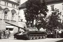 Ve středu 21. srpna 1968 zaplnily celé město Hranice ruské tanky.