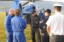 Dopravní policisté sledují pomocí speciálního vrtulníku Letecké služby Policie ČR piráty silnic na Hranicku a Přerovku.