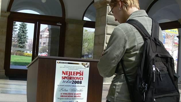 Vyhlášení Nejslepšího sportovce města Hranice se zúčastní i známý fotbalový trenér Petr Uličný.