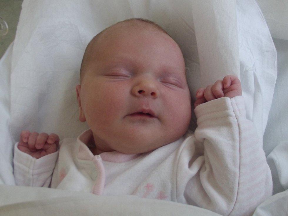 Nikol Michálková, Hranice, narozena dne 9. května 2013 v Přerově, míra: 50 cm, váha: 3270 g