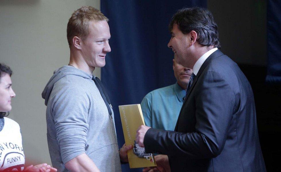 Jakub Zavřel rychlostní kanoistika. Vyhlášení nejúspěšnějších sportovců Hranic za rok 2014