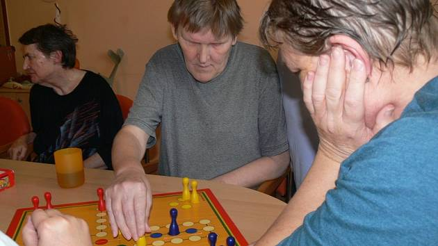Volnočasové aktivity klientů Domova seniorů v Hranicích a prohlídka pokoje