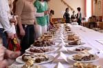 Soutěž o nejlepší koláč a slivovici ve Špičkách