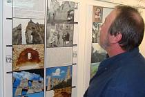 Fotografie slovenských hradů budou k vidění do 6. září v Historickém sále muzea.
