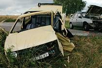 Řídit může každý, kdo má řidičský průkaz, bez ohledu na věk. Příliš vysoký věk ovšem může znamenat také sníženou míru pozornosti, respektive omezit rychlost reakce řidiče.