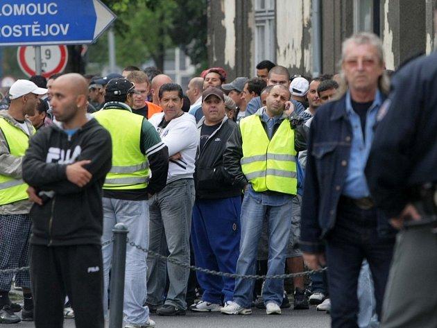 Přerovští Romové v květnu demonstrovali v ulicích proti mítinku Dělnické strany