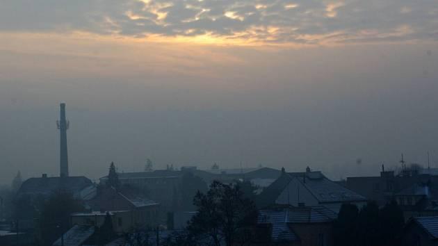 Smog v Hranicích. Ilustrační foto