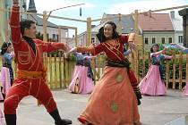 Folklorní soubory z České republiky i ze zahraničí se sešli na akci V zámku a podzámčí.