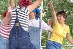 V Přerově na výstavišti v pátek 5. června proběhla celostátní přehlídka klientů ústavů sociální péče. Akce má za cíl integraci lidí s postižením s běžnou populací. Na přehlídku se přijely podívat děti ZŠ z celého přerovského okresu.