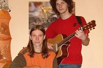 Hranické folkové duo LiThr.