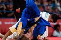 O obrovský úspěch se postaral odchovanec Judo Železo Hranice Martin Bezděk. Z olympiády mládeže v Buenos Aires veze stříbrnou medaili.