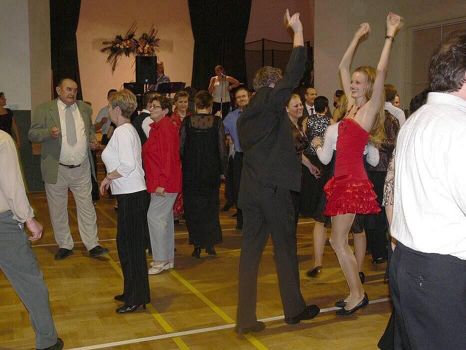 Ples zahrádkářů v Jezernici