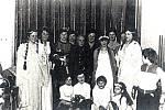 Ochotníci z Opatovic. Snímek z roku 1976 až 1977.