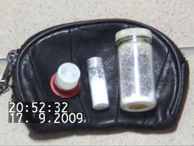 Přerovští kriminalisté rozbili desetičlenný drogový gang a odhalili varny na výrobu pervitinu.