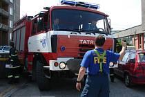 Problémy mají hasiči například v přerovské ulici Trávník. Každá ztracená minuta může znamenat tragédii.