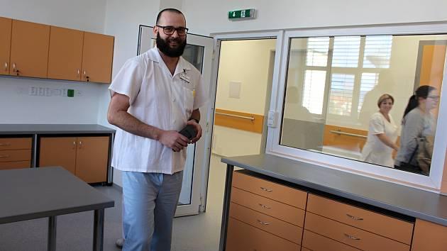 Slavnostní otevření nově zrekonstruované stanice D  - oddělení následné a paliativní péče v nemocnici v Hranicích.
