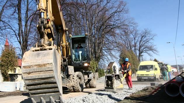 Investiční akce za sto milionů korun, to je výstavba kanalizace v místní části Hranic, Drahotuších.
