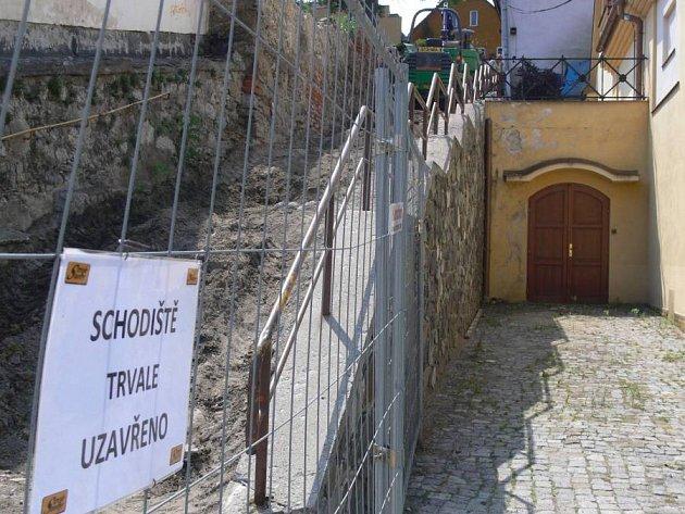 Rekonstrukce Pivovarských schodů
