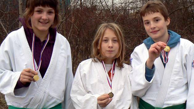 Femax Hranice má dalčí medaile.
