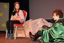 Mladí herci kreativního kroužku z hranického Domečku zahráli v Divadle Stará střelnice představení Malý princ