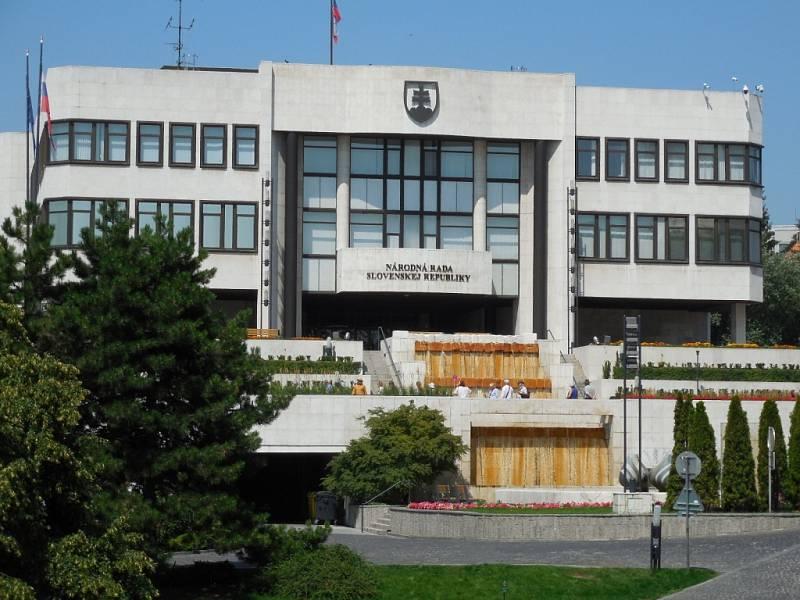 Národní rada SR v Bratislavě.