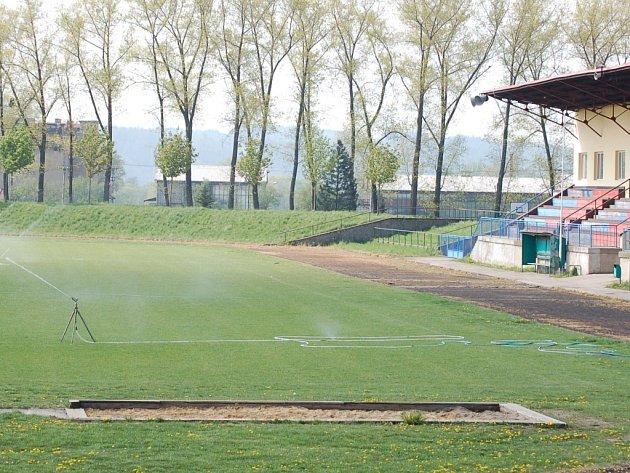 Lipnický stadion letos čeká rekonstrukce.