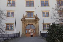 Muzeum Komenského sídlí v přerovském zámku.