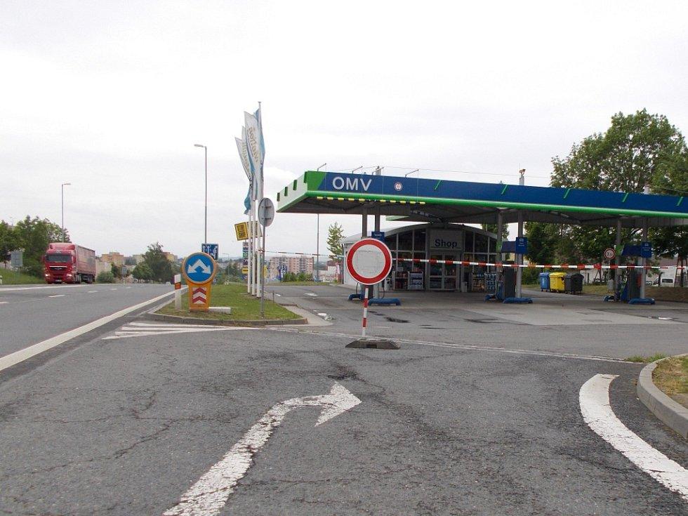 Na benzince na Bělotínské ulici došlo ve čtvrtek 21. května k přepadení. Policie po pachateli inzetzivně pátrá.