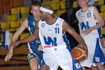 Prostějovští basketbalisté se s Ústím dlouho přetahovali o výsledek.