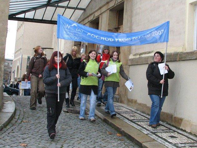 Pochod v Prostějově zorganizovala střední zdravotnická škola s radnicí.
