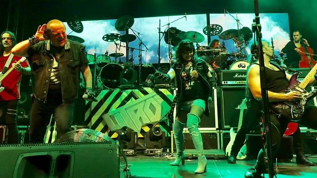 Kapela Citron pokračuje i po úmrtí kapelníka a bubeníka Radima Pařízka.