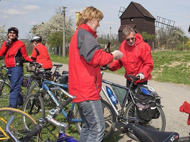 Na kolech kolem mlýnů vyrazili příznivci cykloturistiky.