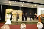 Radovan Langer, Marie Vávrová a Hana Nováková sklidili úspěch na předávání ocenění Pedagog roku Olomouckého kraje. Cenu si převzali v přerovském hotelu Jana.
