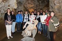 Ve Zbrašovských aragonitových jeskyních se uskutečnila vernisáž k výstavě s názvem Doušek betonu