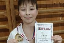 Marek Podešva vybojoval jako jediný zlato na Zimním turnaji ve Vsetíně.