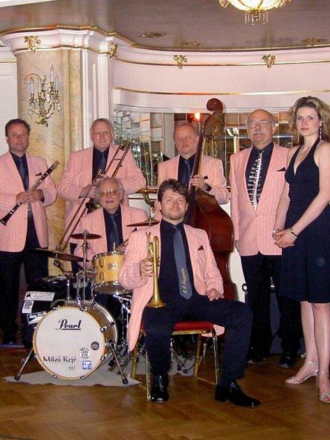 Formace J. J. Jazzman se zpěvačkou Petrou Vlkovou bude hrát v sobotu 28. dubna na Evropských jazzových dnech v Hranicích.