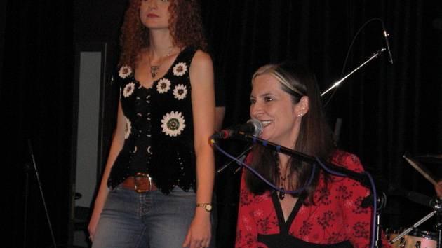 Jill Walsh zahrála na Staré střelnici.