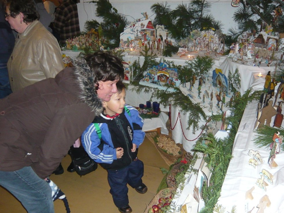 Tradiční vánoční výstava začala v hranické Galerii M+M.