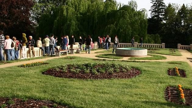 Imobilní lidé budou mít jedinečnou šanci prohlédnout si střešní zahradu v Lipníku.