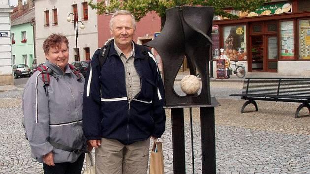 Tisící návštěvník komentovaných prohlídek v Lipníku - pan Zdeněk Modráček z Prosetína s manželkou